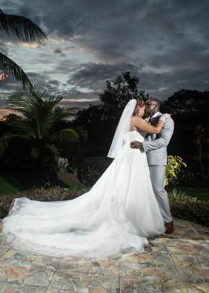 已经结婚了又梦见结婚,女生想守住恋爱的感觉