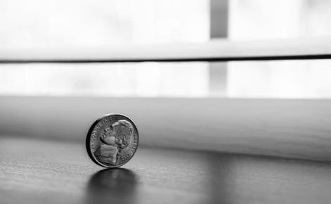 硬币能代替五帝钱使用吗?几乎起不到风水作用