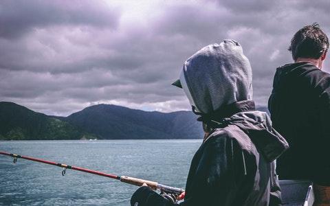 做梦梦到钓鱼是什么意?#36857;?#22909;生活就在眼前!