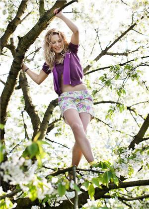 梦见自己爬树,会有什么样的预示呢?