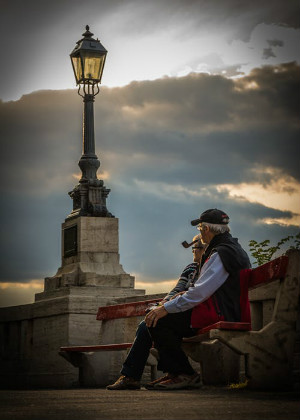 梦见自己变老,生活不能一味的固守自封