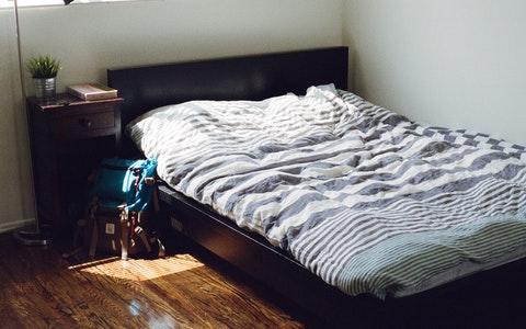 床头朝向哪个方向好?这可关乎你的睡眠大事!