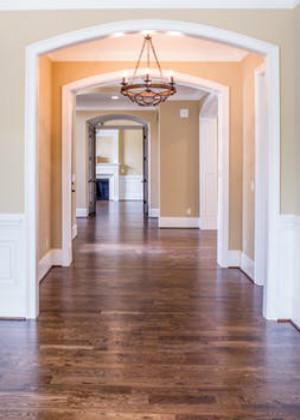 门对走廊风水化解,装个屏风破解晦气格局