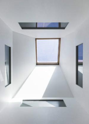 客厅窗户多风水好吗?小心财运只出不进