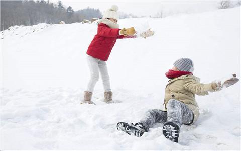 梦见打雪仗,预示了什么?