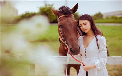 属狗人为何让旧爱无法忘怀?忠诚的暖男谁不爱?