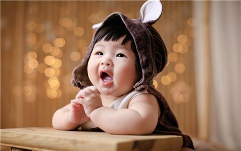 2019年4月出生的女孩取名,看八字喜忌更有利