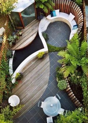 能招财纳福的庭院风水鱼池形状,正确掌握赚钱法